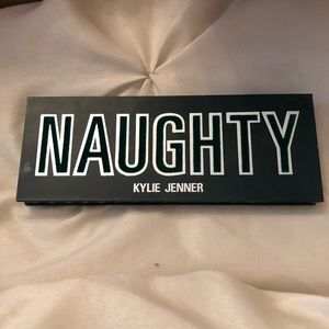 Kylie cosmetics - Naughty
